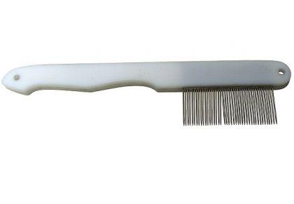 Comb for chinchillas